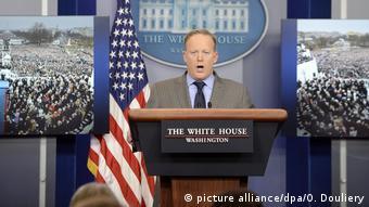 El nuevo portavoz de la Casa Blanca, Sean Spicer.