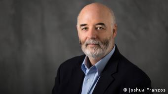 Professor Dr. Patrick S. Moore (Joshua Franzos)