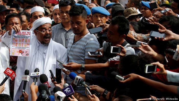 Indonesien Islamisten Demo in Jakarta Habib Rizieq (Reuters/D. Whiteside)
