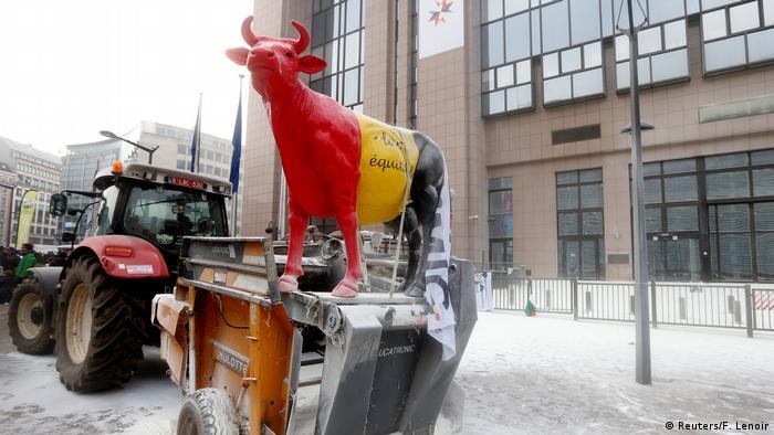 Seljaci prosvjeduju u Bruxellesu