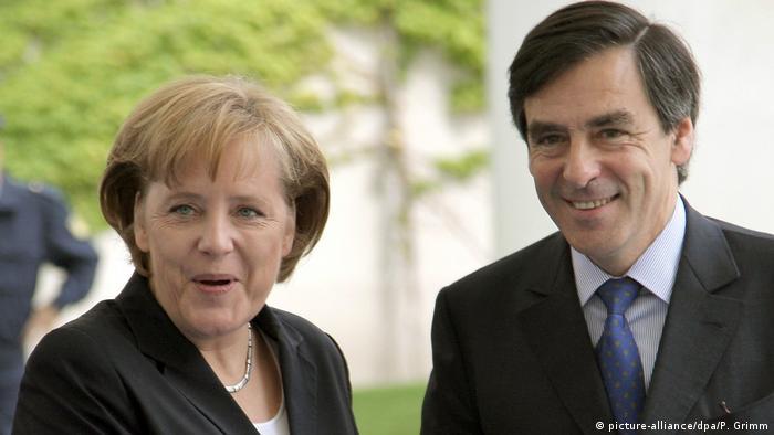 Deutschland Angela Merkel empfängt Francois Fillon (picture-alliance/dpa/P. Grimm)