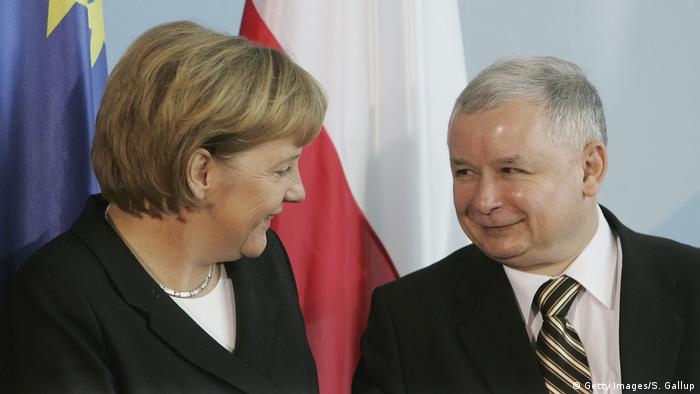 Berlin 2006 Angela Merkel & Jaroslav Kaczynski (Getty Images/S. Gallup)