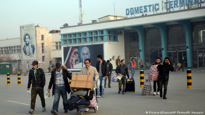 Afghanistan Migranten aus Deutschland abgeschoben