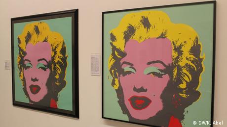 Andy Warhol's Marilyn Monroe portrait at the Let's Buy It exhibition in Oberhausen (DW/K. Abel )