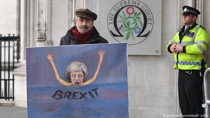 Großbritannien Karikatur zum Brexit vor dem Obersten Gericht in London (picture-alliance/dpa/V. Jones)