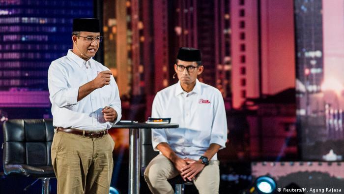 Indonesien Anies Baswedan und Sandiaga Uno (Reuters/M. Agung Rajasa)