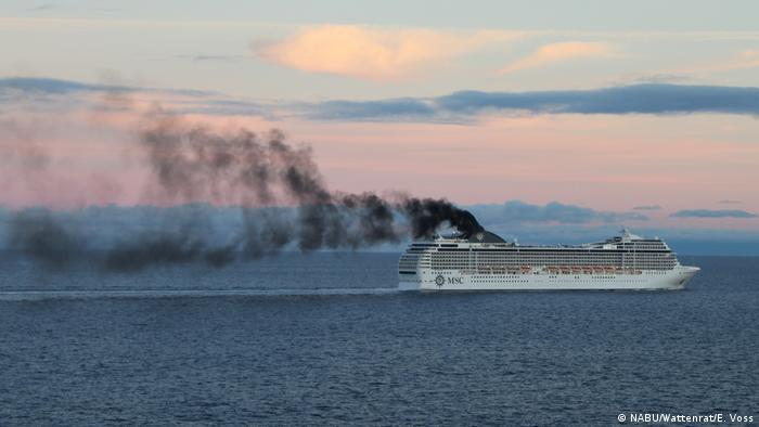 A cruise liner spews out black smoke (NABU/Wattenrat/E. Voss)