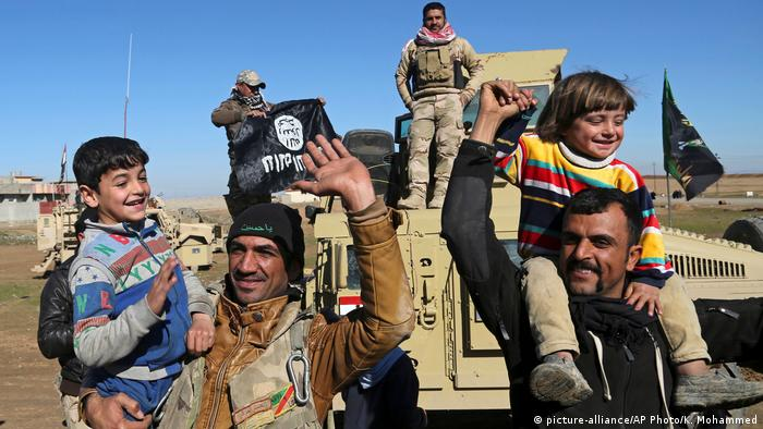 Irak Kampf um Mosul (picture-alliance/AP Photo/K. Mohammed)