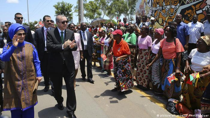 Der türkische Präsident Erdogan bei einem Besuch in Mosambik