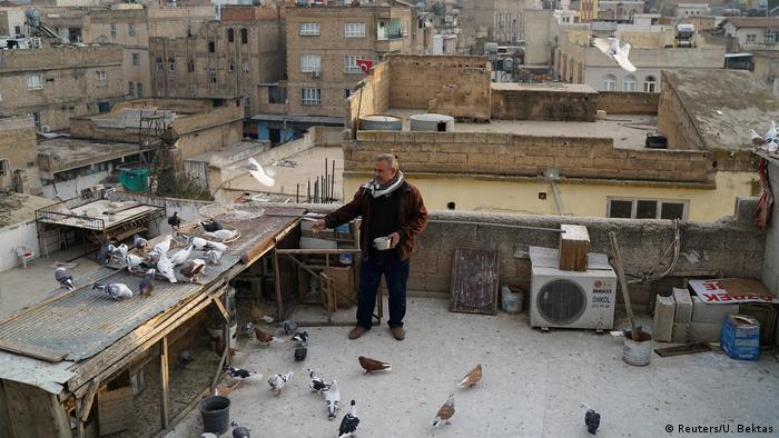 Türkei Resit Guzel mit seiner Taubenzucht in in Sanliurfa (Reuters/U. Bektas)