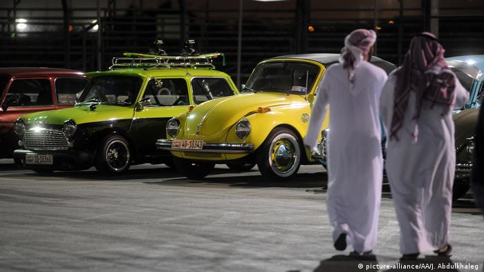 Kuwait - Classic Car Festival in Kuwait (picture-alliance/AA/J. Abdulkhaleg )