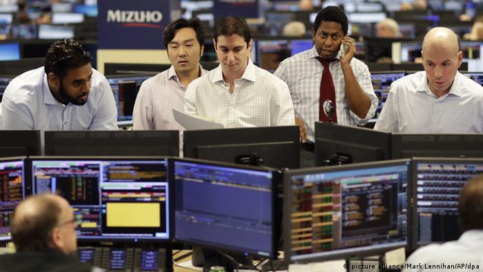 Wall Street Dow Jones überspringt erstmals die Marke von 20 000 Punkten