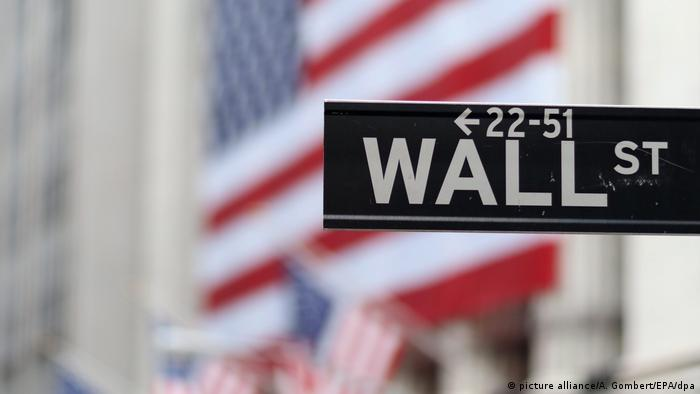 Wall Street (picture alliance/A. Gombert/EPA/dpa)