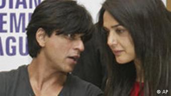 Die indischen Schauspieler Shah Rukh Khan und Preity Zinta