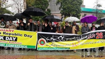 Proteste gegen indischen Tag der Republik im pakistanischen Kaschmir