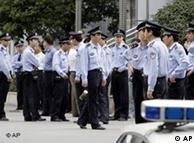 中国的警察执法问题一直受到关注(资料图片)