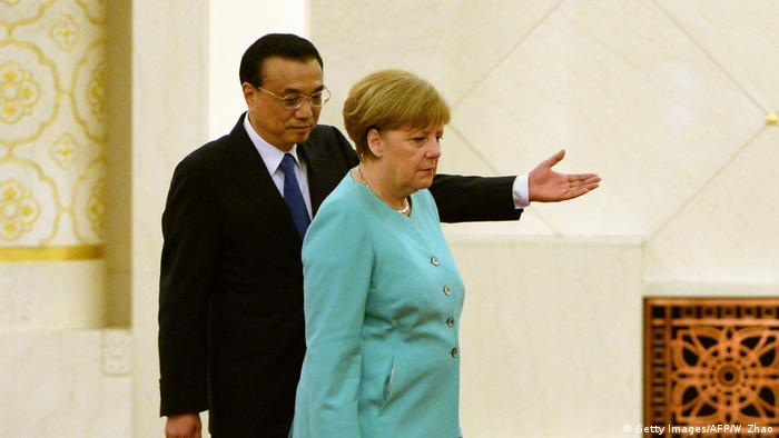 China Ministerpräsident Li Keqiang und Angela Merkel (Getty Images/AFP/W. Zhao)
