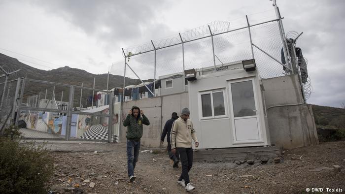 Griechenland Flüchtlinge auf der Insel Samos - Flüchtlingslager (DW/D. Tosidis)