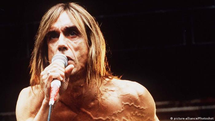 Singer Iggy Pop 1996 (picture-alliance/Photoshot)