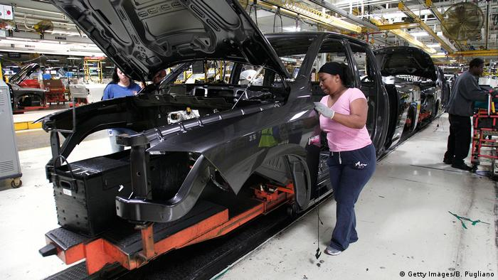 Chrysler Highlights Truck Fabrik in Warren, Michigan (Getty Images/B. Pugliano)