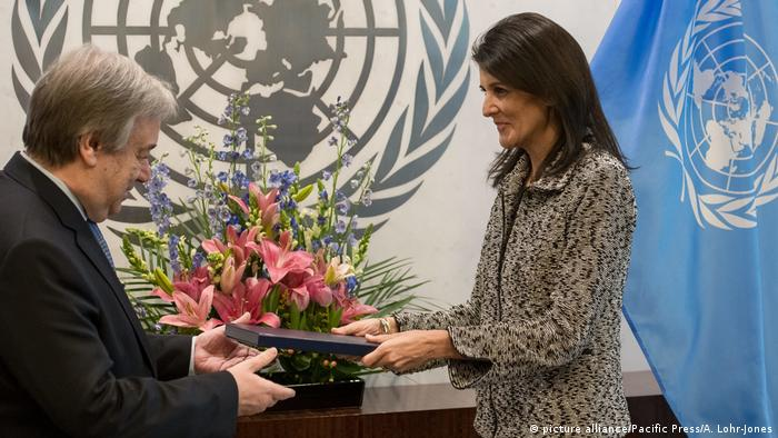 UN-Botschfterin Nikki Haley UN-Generalsekretär Antonio Guterres (picture alliance/Pacific Press/A. Lohr-Jones)