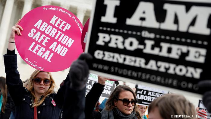 USA | Pro-life und Pro-Choice activists auf dem National March for Life Washington (REUTERS/A. P. Bernstein)