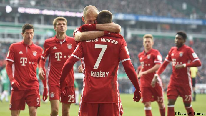 Fußball Bundesliga Werder Bremen vs. FC Bayern München