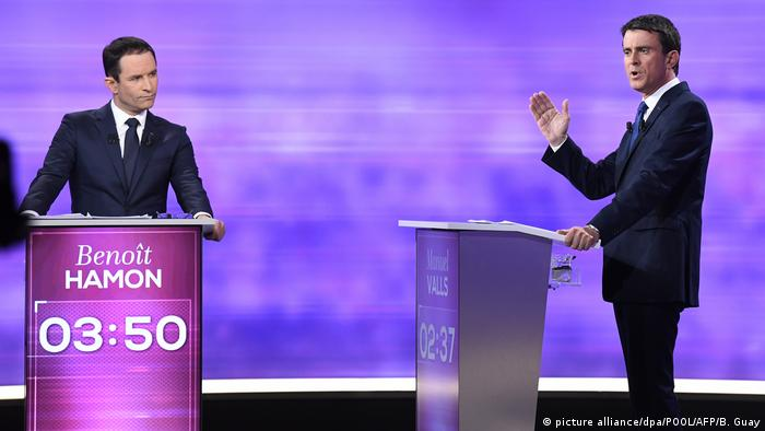 TV-Debatte Benoit Hamon und Manuel Valls (picture alliance/dpa/POOL/AFP/B. Guay)