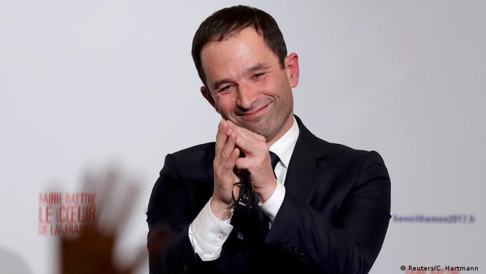 Präsidentschaftskandidatur Benoit Hamon ehemaliger Bildungsminister reagiert auf vorläufiges Wahlergebnis