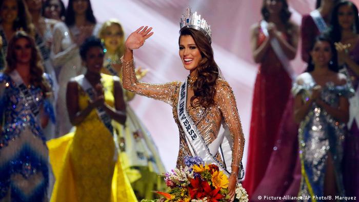 Miss Universe 2017 Iris Mittenaere (Picture-Alliance/AP Photo/B. Marquez)