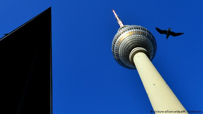 BdT - Fernsehturm in Berlin (picture-alliance/dpa/M. Gambarini)