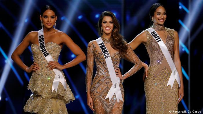 Philipinen - Miss Universe Wettbewerb mit Miss France, Miss Haiti, Miss Colombia (Reuters/E. De Castro)