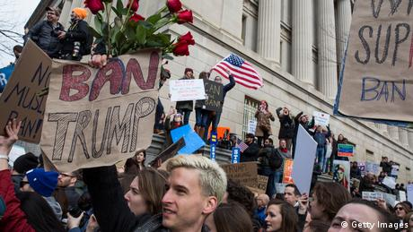 USA Amerika protestiert gegen den Einreiseverbot für Muslime Washington (Getty Images)