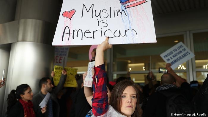 USA Amerika protestiert gegen den Einreiseverbot für Muslime Miami (Getty Images/J. Raedle)