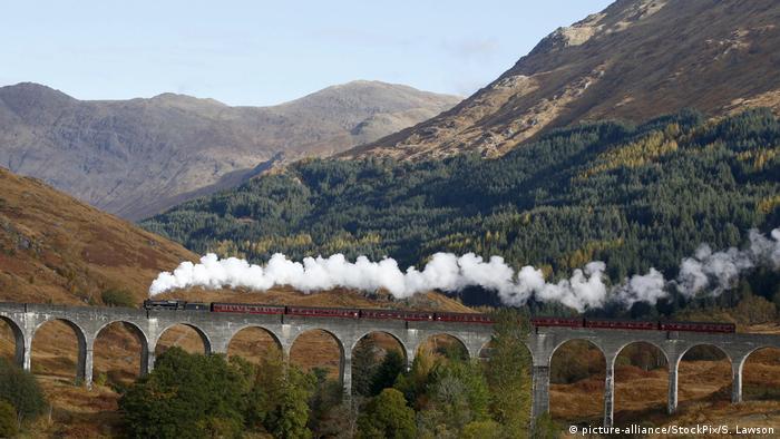 Jacobite Steam Train (picture-alliance/StockPix/S. Lawson)