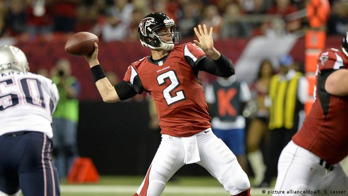 USA New England Patriots gegen Atlanta Falcons | Matt Ryan (picture alliance/dpa/E. S. Lesser)