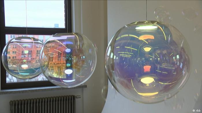 Euromaxx Seifenblasen Lampen Sebastian Scherer (rbb)