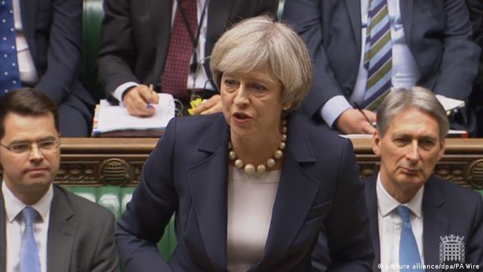 Großbritanien Theresa May im Unterhaus