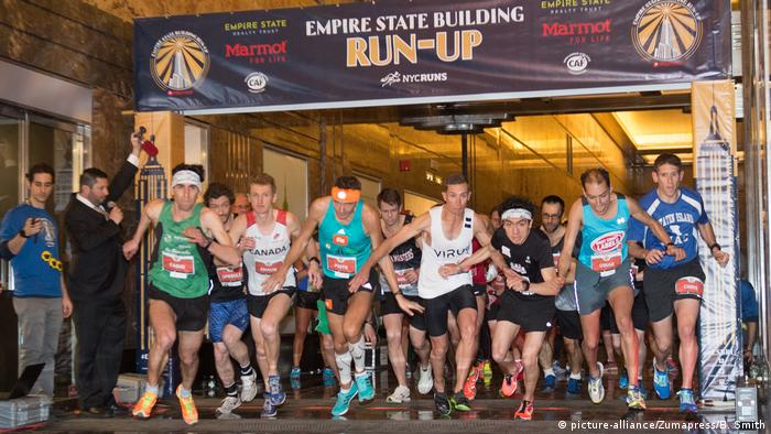 USA Empire State Building Run in New York (picture-alliance/Zumapress/B. Smith)