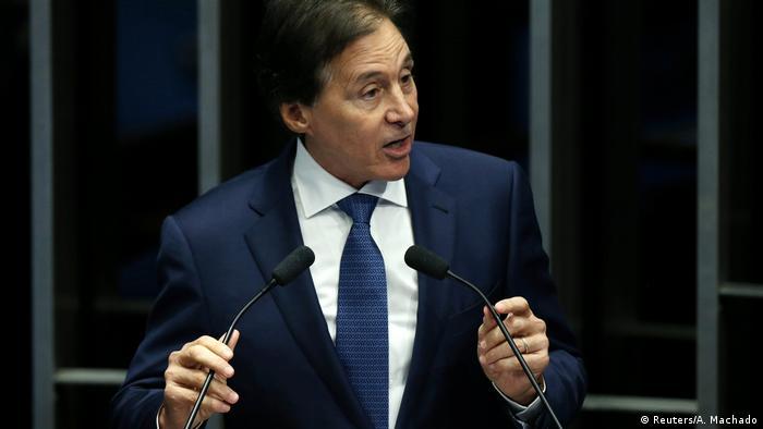 Brasilien Senator Eunicio Oliveira im Senat in Brasilia (Reuters/A. Machado)