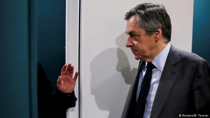 France's Fillon sees support drop as calls rise for election pullout
