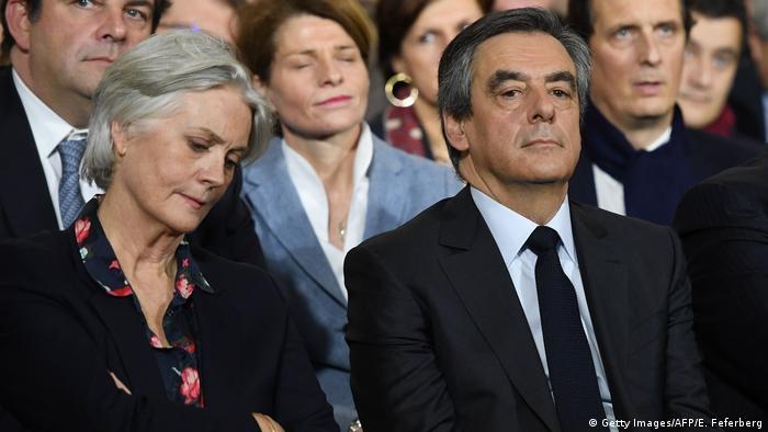 Frankreich François Fillon & Ehefrau Penelope | konservativer Präsidentschaftskandidat (Getty Images/AFP/E. Feferberg)
