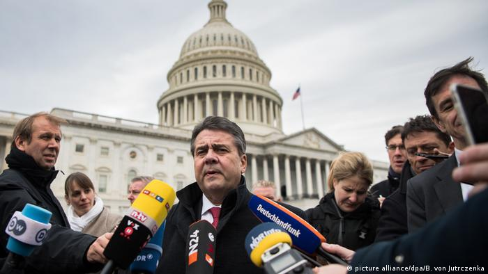 USA Außenminister Gabriel in Washington (picture alliance/dpa/B. von Jutrczenka)