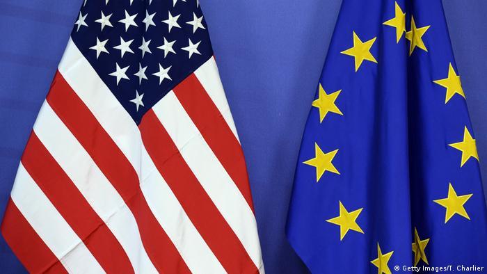 Steagurile UE si SUA