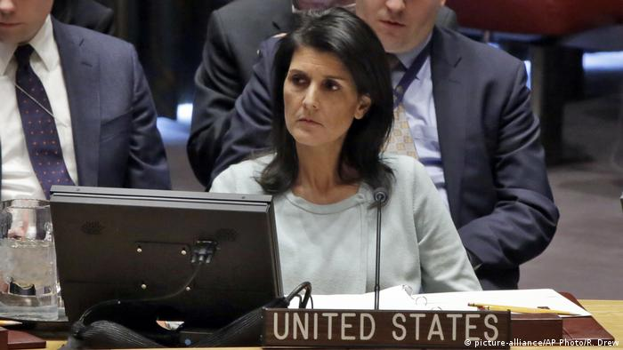 USA Nikki Haley UN-Sicherheitsrat (picture-alliance/AP Photo/R. Drew)