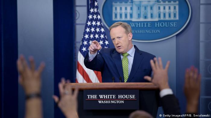 USA PK Sean Spicer Pressesprecher des Weißen Hauses (Getty Images/AFP/B. Smialowski)