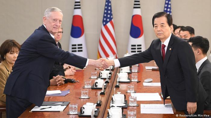 Südkorea Jim Mattis und Han Min-Koo (Reuters/Kim Min-Hee)