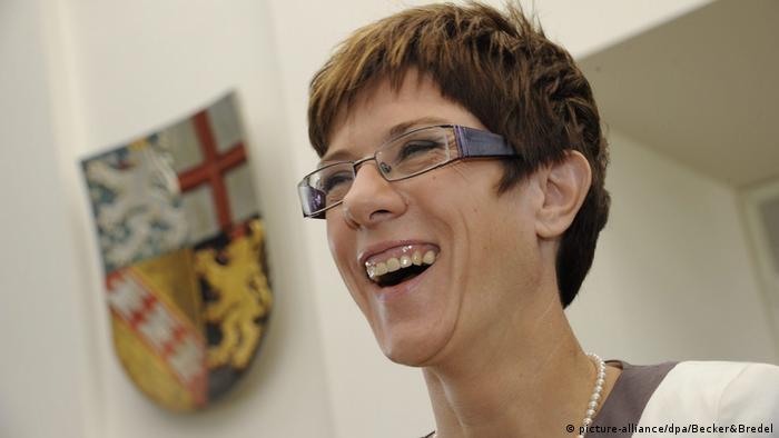 Deutschland Wahl Ministerpräsident Saarland Annegret Kramp-Karrenbauer (picture-alliance/dpa/Becker&Bredel)