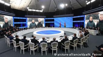 Встреча Лукашенко с белоруссими и иностранными журналистами, фото из архива, февраль 2017 года