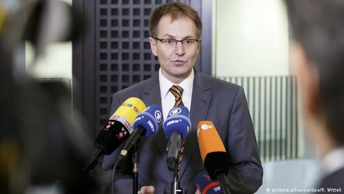 Deutschland Generalbundesanwalt Peter Frank (picture-alliance/dpa/R. Wittek)